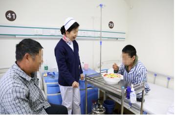 """武汉中际癫痫病医院,用""""感动式服务""""温暖患者心田"""