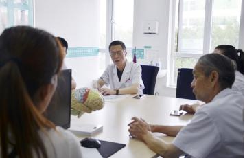 匠心绘智 聚焦精准 ▏益智大脑高峰论坛在西安中际医院召开!期待您的参与!